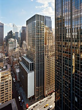 1350 Avenue of the Americas, MGM Tower Office Space