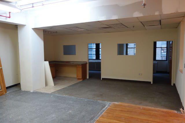224 West 34th St. Class B Office Rental