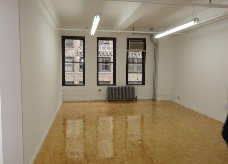 262 W. 38th St. Small Office Rental