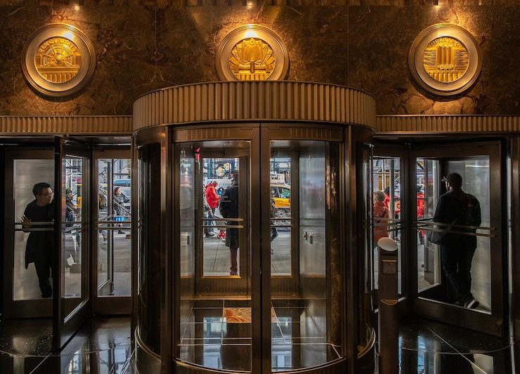 8 NYC Art Deco Buildings Where You Can Rent Office Space
